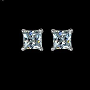 f70762552 Jewelry - New 18 k White Gold stud earrings
